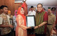 9 Pelaku UKM di Padang dapat Sertifikat HKI