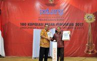 Buku 100 Koperasi Besar Indonesia, Bukti Koperasi Mampu Bersaing dengan Swasta