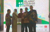 Islamic Tourism Expo 2017,Dukung Pelaksanaan Umroh  dan Wisata Muslim yang transparan dan Profesional