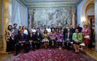 Menteri Eko Disambut Antusias Warga Indonesia Di Roma
