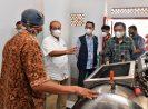 Sesmenkop UKM Bersama Deputi UKM Menyiapkan Rumah Produksi Bersama Olahan Nanas di Kab Subang
