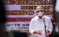 KemenkopUKM dan Papmiso Gelar Vaksinasi Bagi Pedagang Bakso di Bekasi