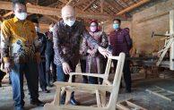 Standardisasi Furniture Ekspor, KemenKopUKM Siapkan Pembangunan Factory Sharing di Sragen